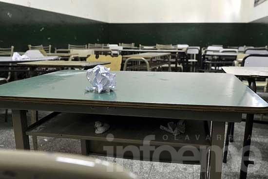 No hubo acuerdo con los docentes y sigue el paro