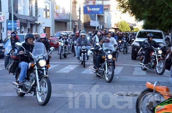 Multitudinario encuentro de motos en Olavarría