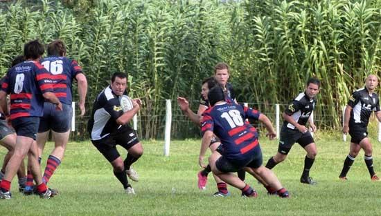 Cómoda victoria de Estudiantes sobre Azul Rugby