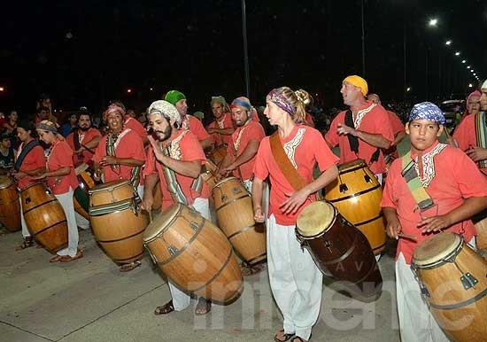 El séptimo carnaval de Macondo le pone color a El Provincial
