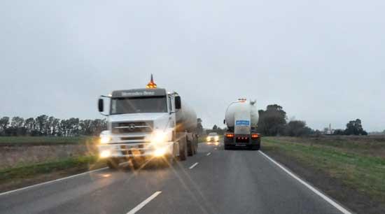 Restringen circulación de camiones por fin de semana largo