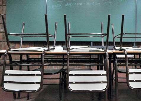 Los docentes ratifican el paro y harán nueva marcha de las luces