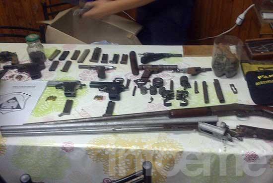 """Secuestran armas """"en alquiler"""" en allanamiento por homicidio"""