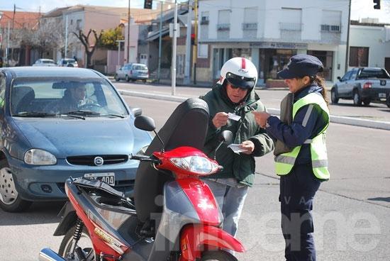 Secuestran más de 20 motos en los controles de tránsito