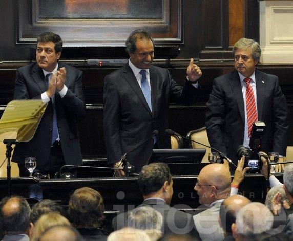 """Scioli agradeció a gremios que aceptaron oferta """"para que las escuelas estén abiertas"""""""