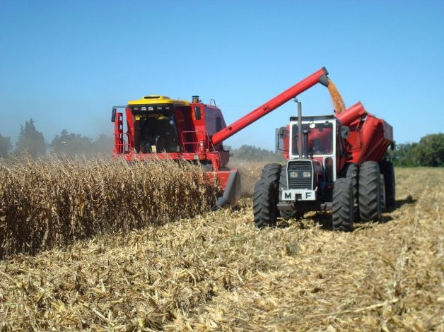 """Entidades agropecuarias anunciaron un """"cese de comercialización"""" para la semana próxima"""