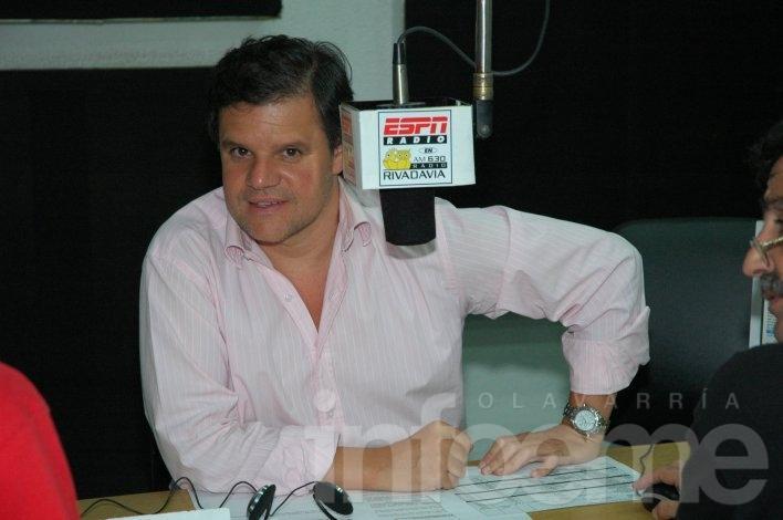 El periodista Enrique Sacco estará en Olavarría