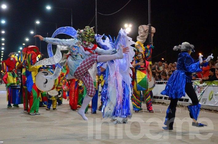 Arrebatando Lágrimas y Los Sikuris de carnaval
