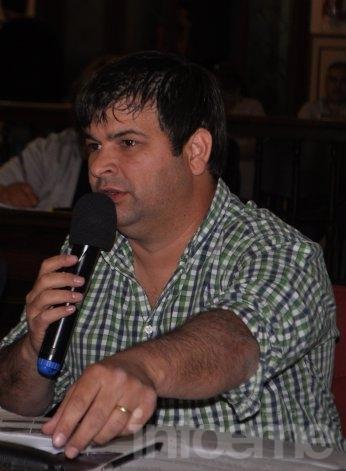 """""""Defraudar al radical sería terminar una elección siendo testimonial"""" dijo Cominotto"""