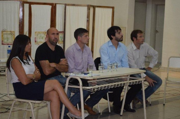 Los beneficiarios del Pro.Cre.Ar se reunieron con referentes del Banco Hipotecario