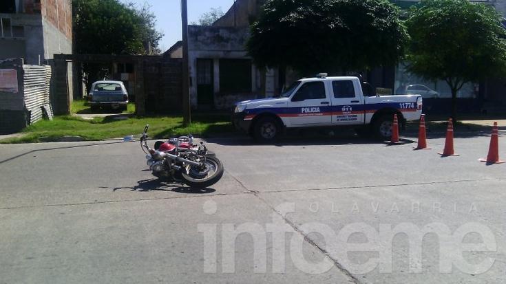 Motociclista sufrió heridas al caer de su moto