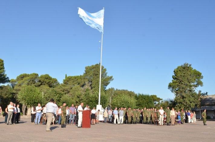 El Regimiento local conmemoró el 193º aniversario de su creación