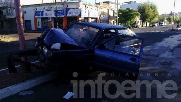 Violento accidente en Avenida Pringles: dos heridos