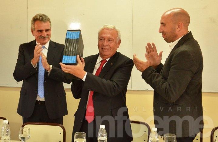 El ministro de Defensa Agustín Rossi entregó actas de la dictadura