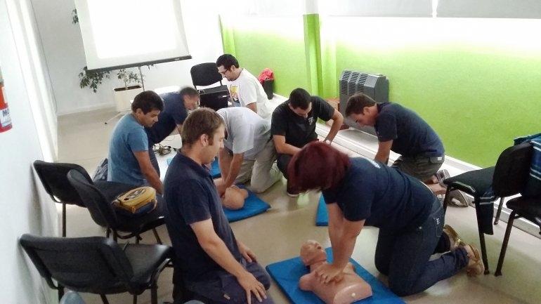 Curso de Primeros Auxilios Básicos y Reanimación Cardio Pulmonar