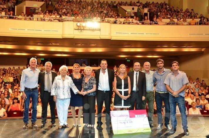 """""""Con voz de Mujer"""": el espectáculo de cierre de los premios Dina Pontoni"""