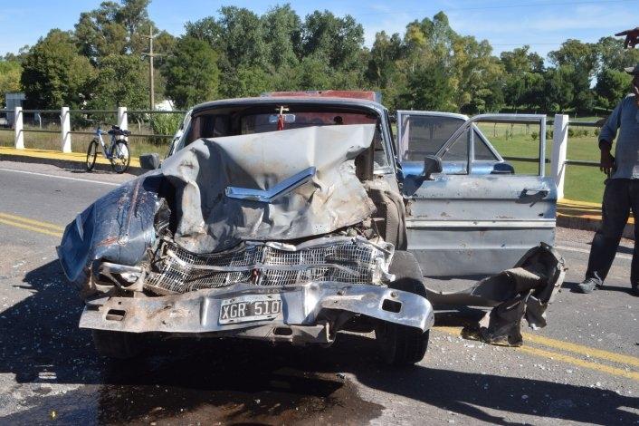 Violento accidente en Ruta 226: tres vehículos involucrados y un herido