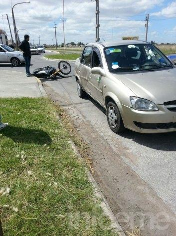 Un motociclista herido en un accidente