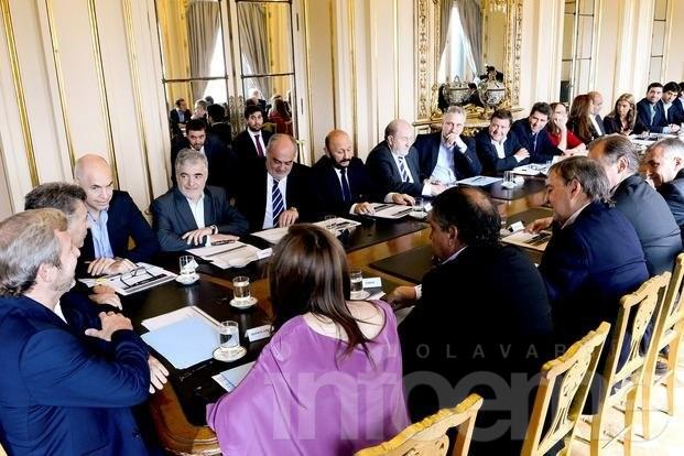 Gobierno propuso restitución parcial del 15% a provincias