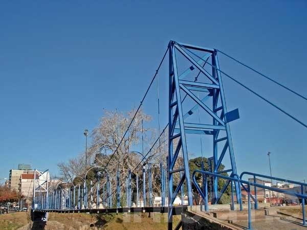 Este domingo llega la fiesta de los puentes colgantes
