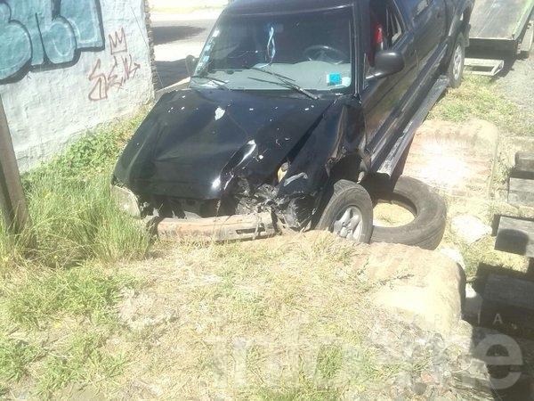 Sin heridos en el choque de una camioneta con el tren