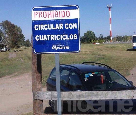 Parque Sur: Colocaron cartel para que no circulen cuatriciclos
