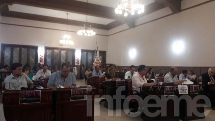 Pedido de interpelación: Concejales formularán por escrito más de 80 preguntas a Galli