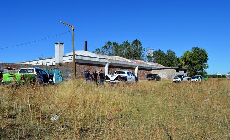 Encontraron una camioneta robada detrás de la Ex Escuela Industrial