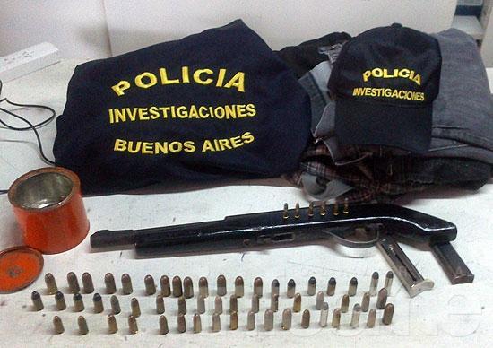 Secuestran arma y proyectiles en causa por violento asalto