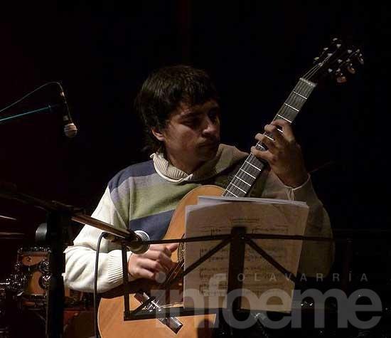 Ramiro Carreira Neto culmina sus estudios con un concierto