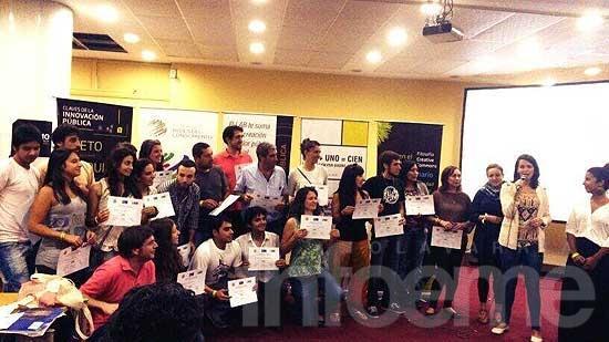 Emprendedores de Ingeniería en un festival de innovación pública