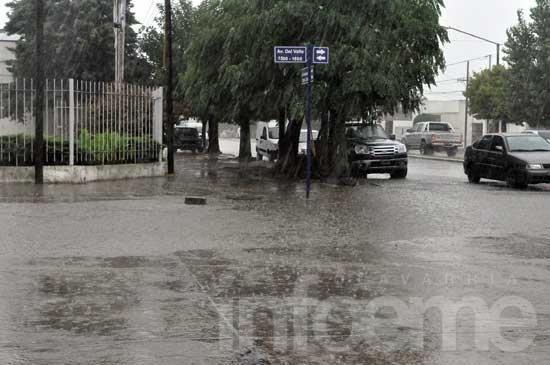 Fuertes precipitaciones sin mayores inconvenientes