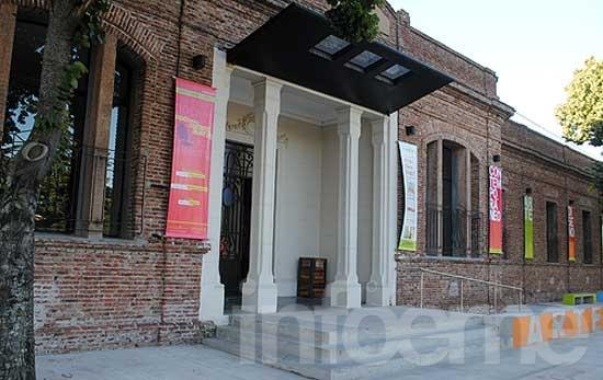 Convocan a artistas locales para exponer en el Centro Cultural