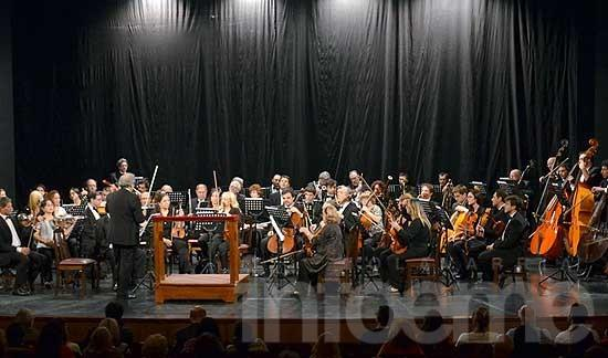 La Orquesta Sinfónica recaudó más de 11 mil pesos para IDEO