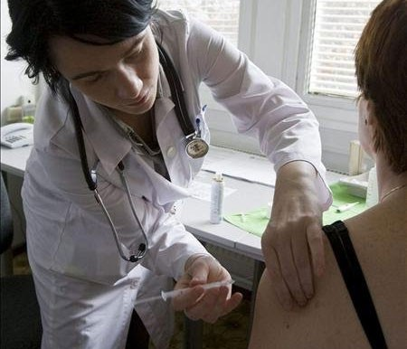 Ya se aplicaron más de 3 mil dosis en la campaña de vacunación antigripal 2014