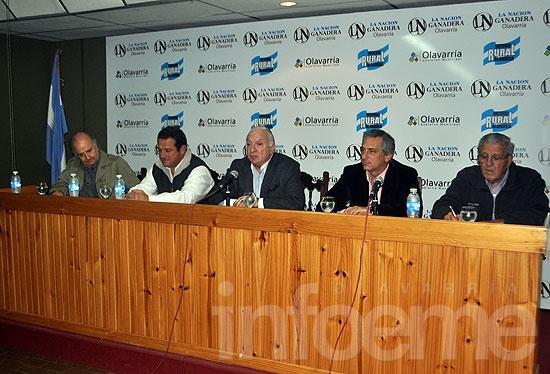 """Lanzaron la edición 2014 de """"La Nación Ganadera"""""""