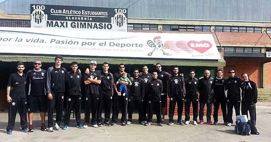 Estudiantes viajó a Capital para quedarse con los dos partidos
