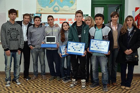 Se entregaron netbooks en la Escuela Agropecuaria Nº 1