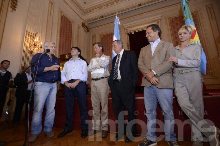 Scioli, Domínguez y Bossio, juntos en Tandil