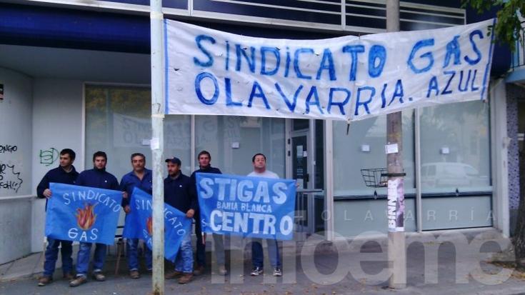 Trabajadores de Camuzzi comenzaron un paro por 48 horas