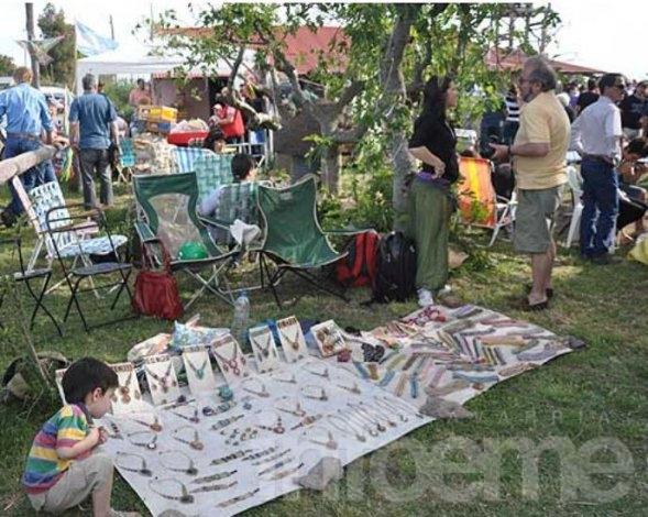 Feria regional de artesanos en Colonia Nievas
