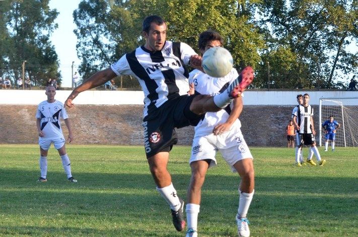Repaso en imágenes del choque entre Estudiantes y El Fortín