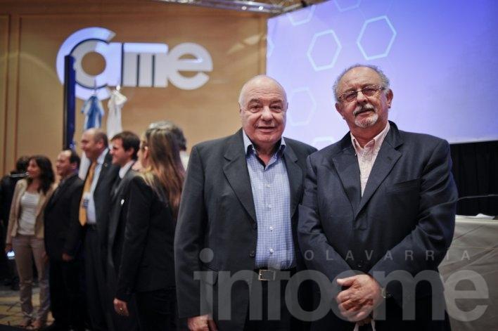 Camplone participó en jornada con economistas de principales precandidatos