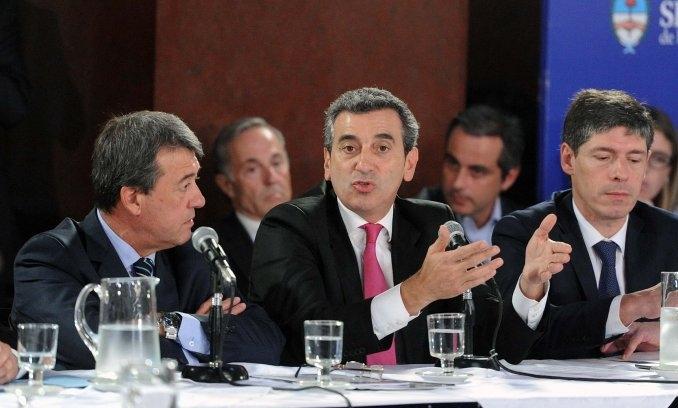"""Randazzo defendió en el Senado el proyecto de estatización de los ferrocarriles: """"Ramal que arranca no para nunca más"""""""