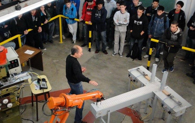 Electromecánica, referente en la Universidad de Salta