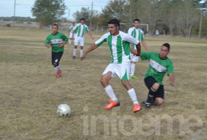 Villa Floresta venció a Pueblo Nuevo y estiró la ventaja