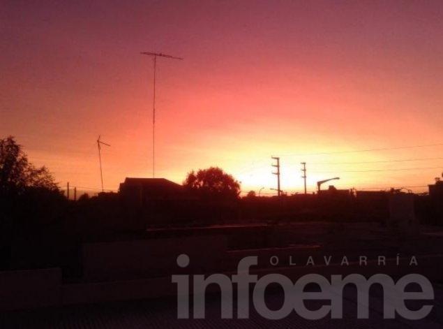 Un amanecer distinto, pintado por las cenizas volcánicas