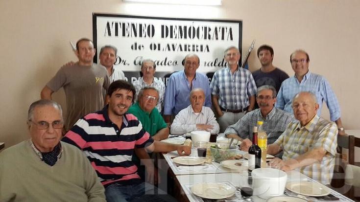 Ezequiel Galli ahora almorzó con los conservadores