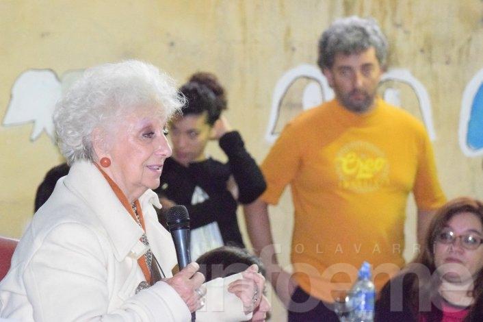 """Estela de Carlotto: """"Le doy gracias a la vida a pesar de lo que me tocó vivir"""""""