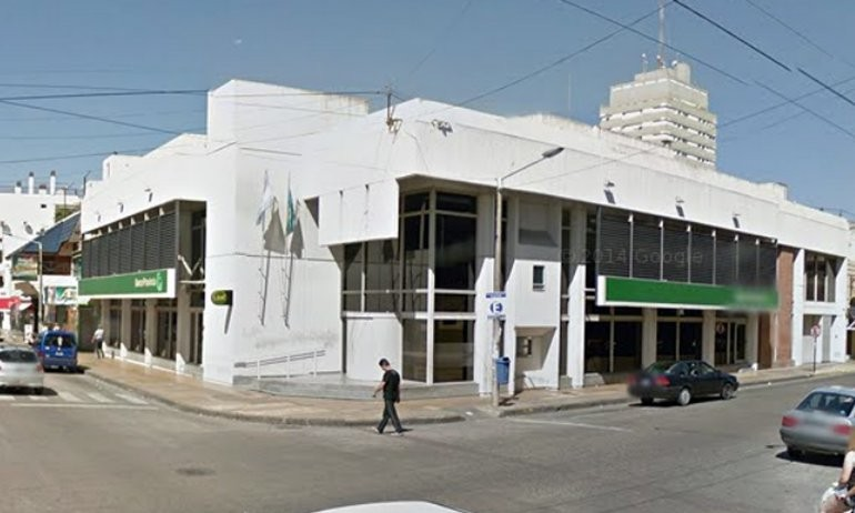 Trabajadores del Banco Provincia realizan un paro de 24 horas